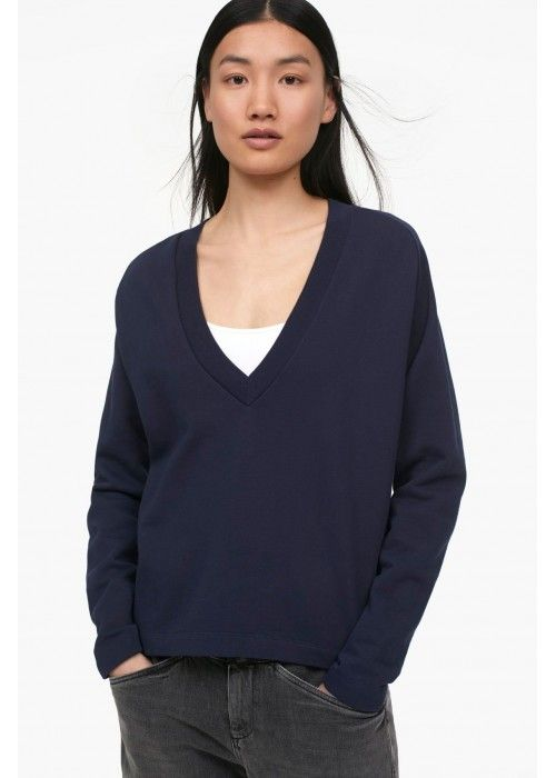 Closed Women's Top