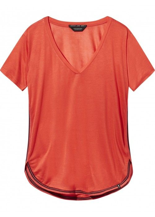 Maison Scotch Sporty tee in light weight qua