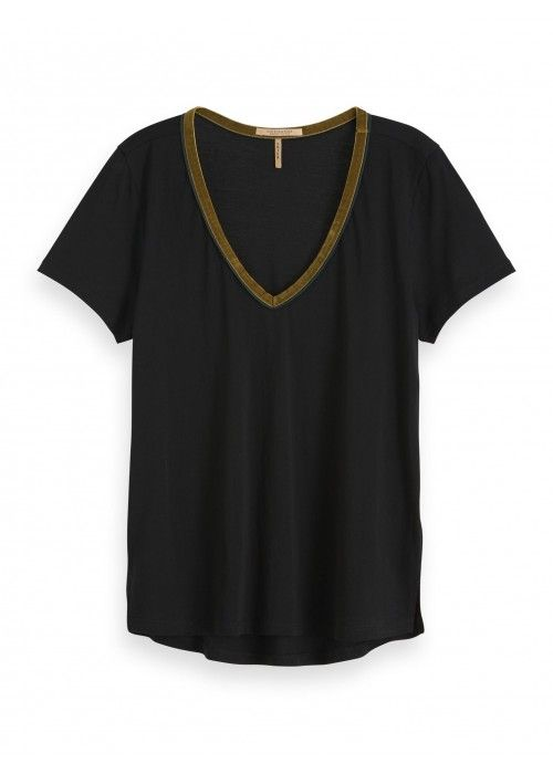 Maison Scotch V-neck tee with velvet