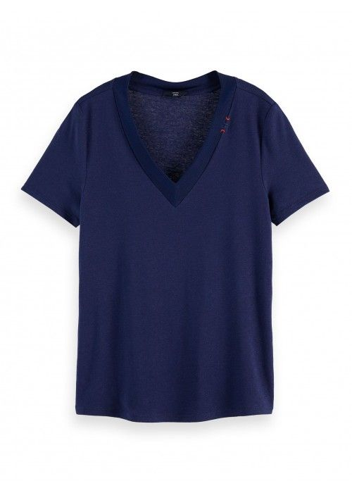 Maison Scotch V-neck tee wih small embroider